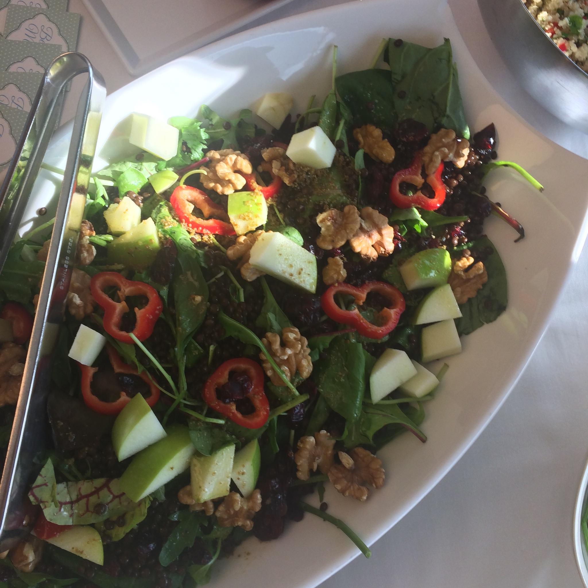 Beluga Mercimeği Salatası (Siyah Mercimek)